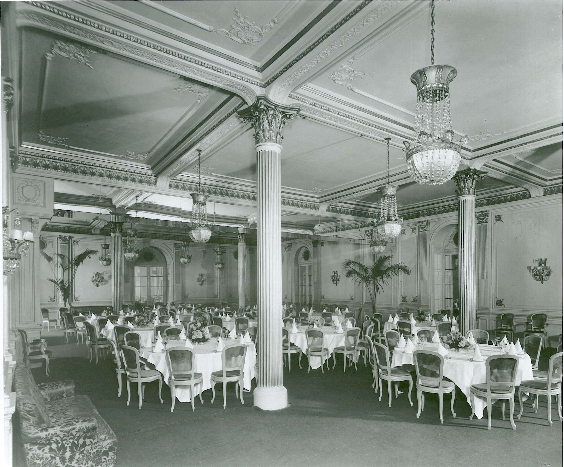 Old Ball Room (= Abe Lincoln Rm) c1906