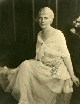 Lou Henry Hoover, 1928